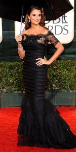 Penelope Cruz at the 2010 Golden Globe Awards photo: frazer harrison/getty