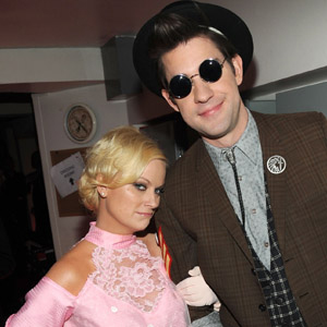 Amy Poehler as Pretty in Pink's Andie Walsh and John Krasinski as a very tall Duckie photo: kevin mazur/getty