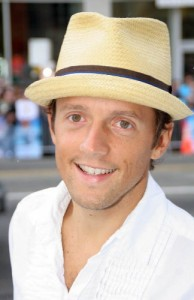 Singer Jason Mraz photo: music maven
