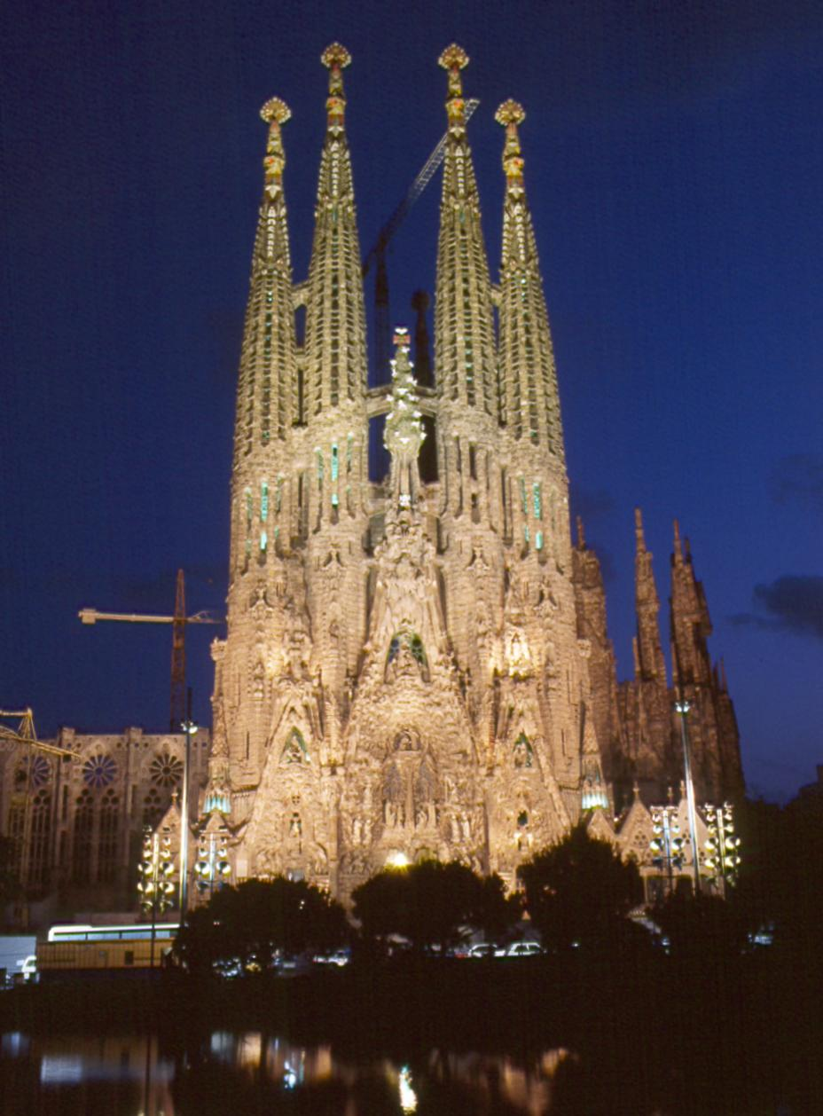 The 411 for barcelona majorca spain red carpet roxy for La sagrada familia barcelona spain