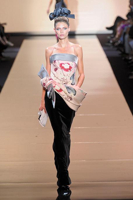 Giorgio Armani Prive Fall 2011 Collection Big In Japan