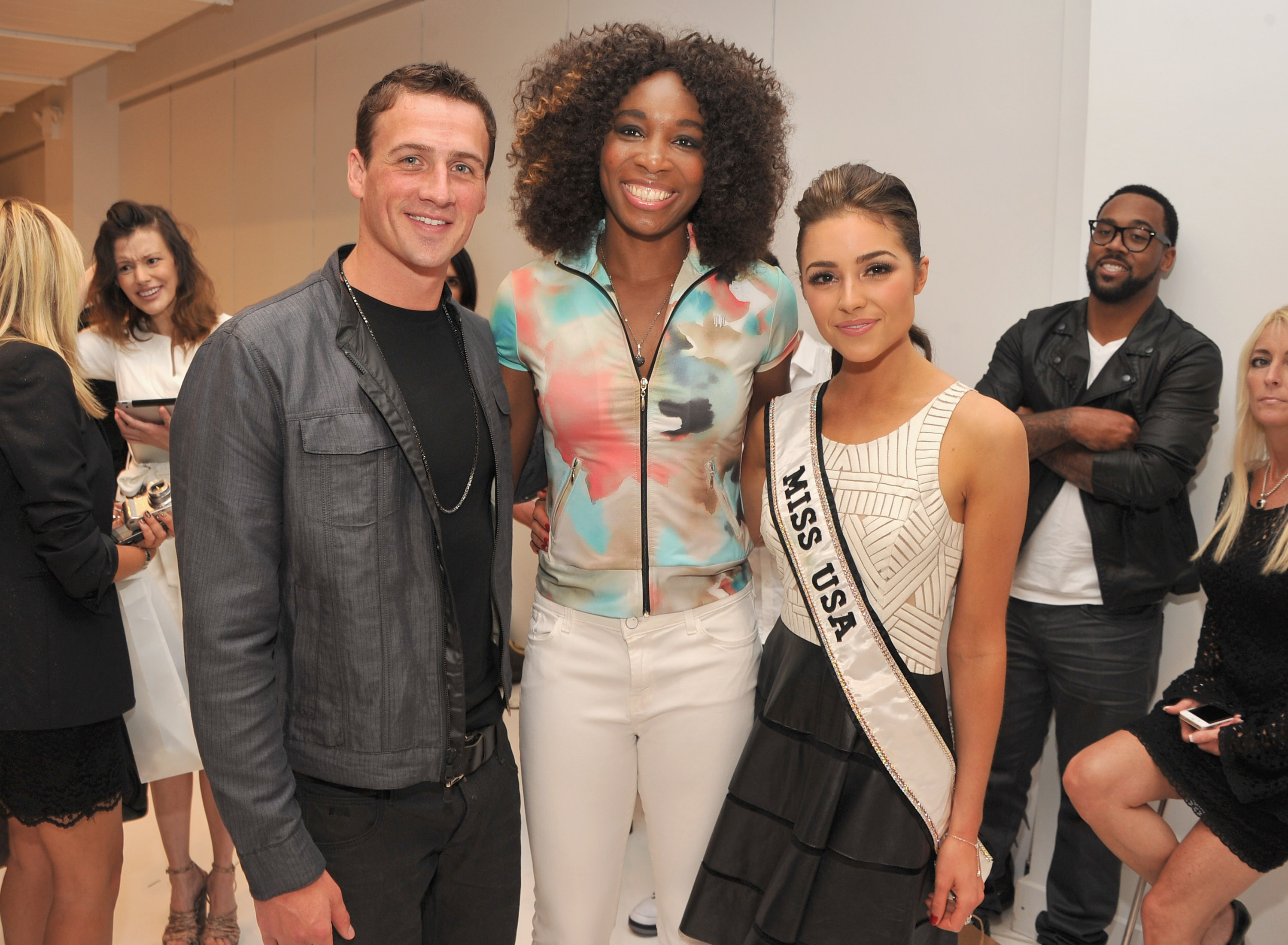 ryan lochte dating olivia culpo Olympic swimmer ryan lochte makes waves as he poses with miss usa olivia culpo at new ryan seacrest and girlfriend shayna taylor dress casually in sweaters.