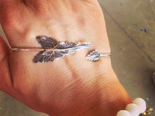 CURRENT OBSESSION: WREN & GLORY HAND BRACELETS!
