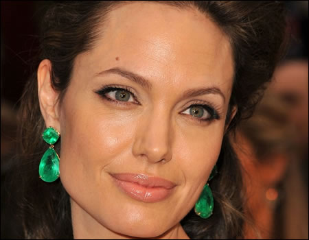 ANGELINA JOLIE FUNDS A SCHOOL WITH JEWELRY