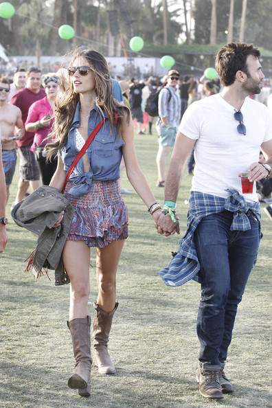 Alessandra Ambrosio wearing Siwy while cruising Coachella with fiance Jamie Mazur