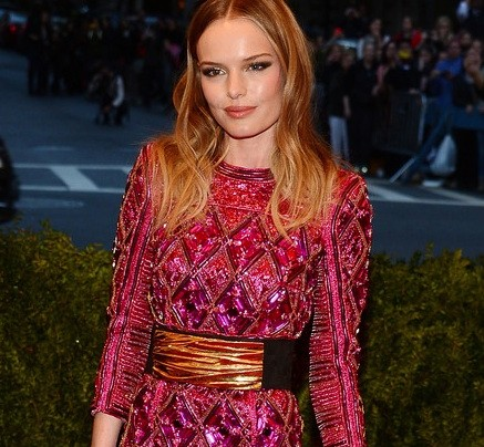 "RED CARPET ROXY'S ""LOOK OF THE WEEK""-PUT A BELT ON IT"