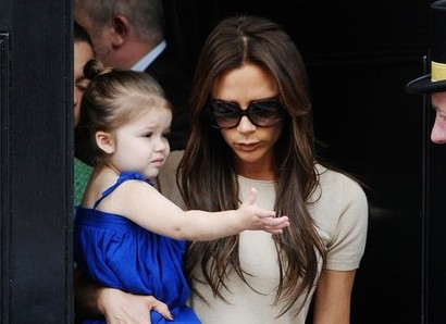 VICTORIA BECKHAM DESIGNS MOTHER/DAUGHTER FASHION LINE