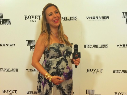 ROCKING THIRD PERSON RED CARPET AT 34 WEEKS PREGO