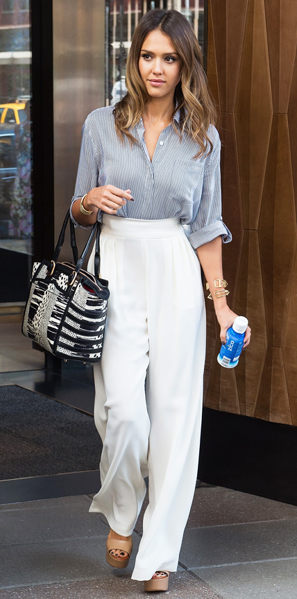 Look Of The Week Jessica Alba 39 S Street Style Red Carpet
