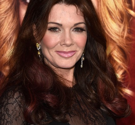 NEW MOM ADVICE FROM LISA VANDERPUMP, LORI LAUGHLIN, ALI LANDRY + OTHER HOLLYWOOD MOMS