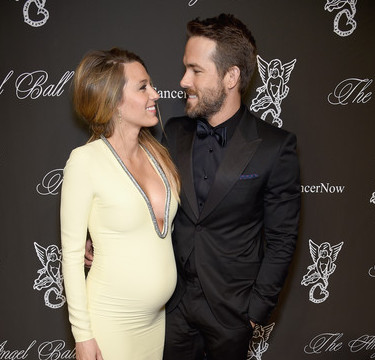 BLAKE LIVELY + RYAN REYNOLDS WELCOME A BABY!