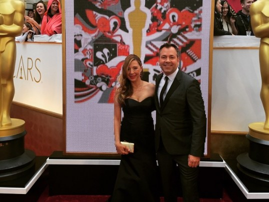 SCOOP FROM THE 2015 OSCARS RED CARPET + CEREMONY