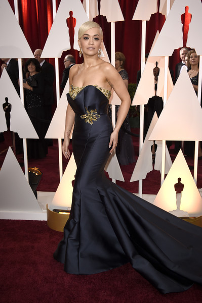 RITA ORA KILLING IT IN MARCHESA AT THE OSCARS