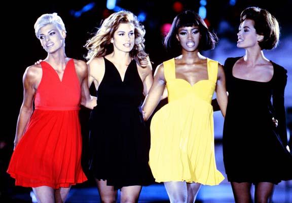 Cindy Crawford versace fashion show