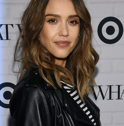 JESSICA ALBA'S MOTO + MIXED PRINTS