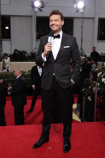 He Rocked A Head To Toe Ensemble From His Distinction Line For Macys While Interviewing Nominees And Presenters On The Red Carpet Ryan Seacrest