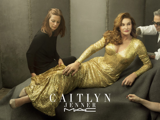 CAITLYN JENNER PARTNERS WITH M.A.C COSMETICS TO GIVE BACK