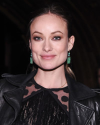 OLIVIA WILDE: A SIDE OF EDGE WITH HER BABY BUMP