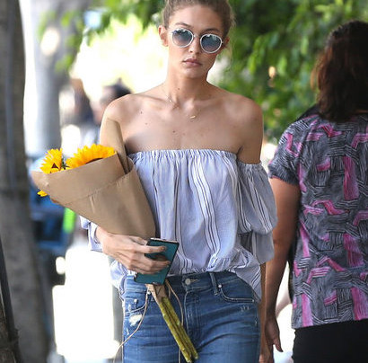 GIGI HADID'S EFFORTLESS + FRESH STREET STYLE