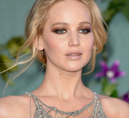 JENNIFER LAWRENCE'S SHIMMER AND SHINE