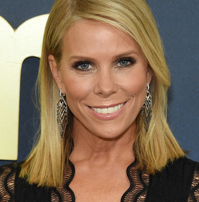 CHERYL HINES TALKS CURB YOUR ENTHUSIASM, BAD MOMS