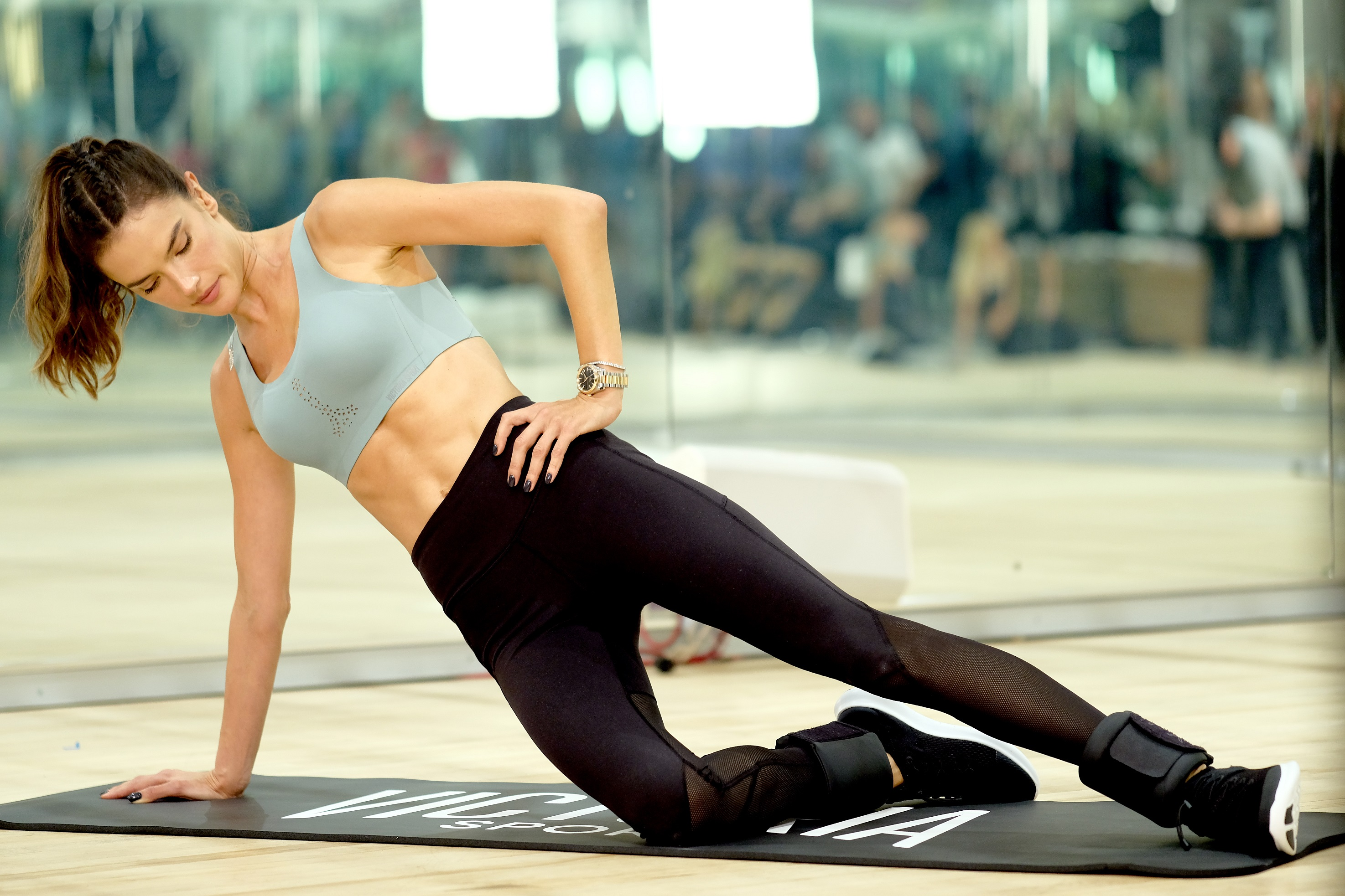 How Alessandra Ambrosio Trains For Vs Fashion Show Red