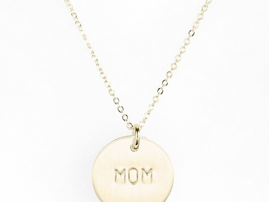 TOP TEN HOLIDAY GIFTS FOR MOMS
