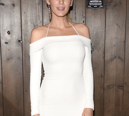 BLAKE LIVELY IN SUMMER WHITE ON WHITE
