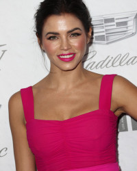 JENNA DEWAN'S COLORFUL JUMPSUIT