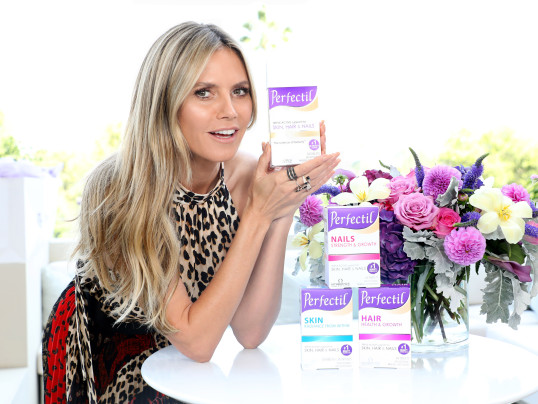 HEIDI KLUM TALKS HEALTH + FAMILY TIME AT HER HOUSE