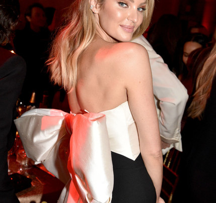 CANDICE SWANEPOEL IN A BIG OLD BOW