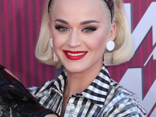 GET THE LOOK: KATY PERRY AT THE IHEART RADIO AWARDS