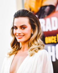 MARGOT ROBBIE AT ONCE UPON A TIME IN HOLLYWOOD