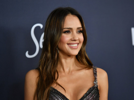 JESSICA ALBA AT THE WARNER BROS. INSTYLE PARTY